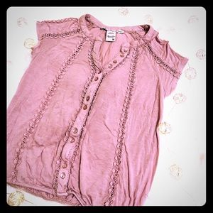 Embroidered pink shirt